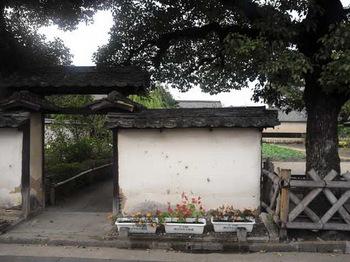 菅茶山門.jpg